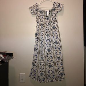 NWT Off The Shoulder Midi Dress